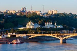 Благовещенский монастырь и камаринский мост в Нижнем Новгороде